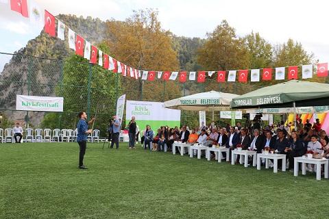 Toroslar'da kivi festivali yapıldı